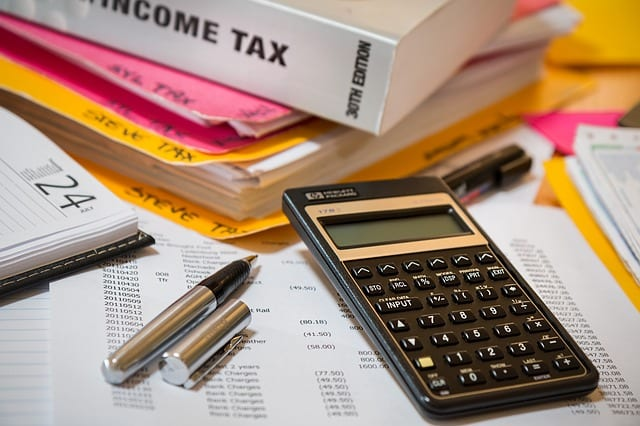 Zwrot podatku dla osób pracujących w UK