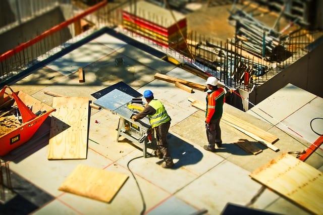 Zmiana sposobu rozliczania VAT w UK za wykonane usługi budowlane